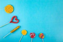 Πολλά lollipops στο υπόβαθρο στοκ φωτογραφίες