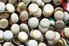 Πολλές καλύψεις από το υπόβαθρο μπύρας Στοκ Εικόνα