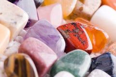 Πολλές διαφορετικές φυσικές πέτρες Στοκ Εικόνες