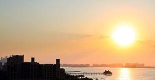 Πολλή κατασκευή στο ηλιοβασίλεμα, Ντουμπάι Στοκ φωτογραφία με δικαίωμα ελεύθερης χρήσης
