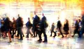 Πολλαπλάσια εικόνα έκθεσης των περπατώντας ανθρώπων στο Λονδίνο Απεικόνιση επιχειρησιακής έννοιας Στοκ εικόνα με δικαίωμα ελεύθερης χρήσης