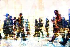 Πολλαπλάσια εικόνα έκθεσης των περπατώντας ανθρώπων στο Λονδίνο Απεικόνιση επιχειρησιακής έννοιας Στοκ φωτογραφίες με δικαίωμα ελεύθερης χρήσης