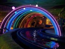 Πολλοί χρώμα του στρογγυλού φωτός στην παγκόσμια περιπέτεια ภ² Lotte น στοκ φωτογραφία