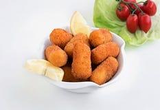 Πολτοποίηση Croquettes πατατών, Croquettes πατατών που αποκόπτουν, χορτοφάγες συνταγές Vegan, εικόνες αποθεμάτων, που φωτογραφίζο στοκ φωτογραφίες με δικαίωμα ελεύθερης χρήσης