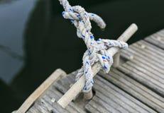 Πολυτέλεια yatch σε έναν λιμένα Στοκ εικόνες με δικαίωμα ελεύθερης χρήσης