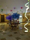 Πολυτελής υποδοχή που διακοσμείται με τα ζωηρόχρωμα μπαλόνια για καρναβάλι στοκ φωτογραφία με δικαίωμα ελεύθερης χρήσης