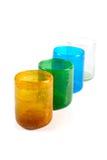Πολυ χρωματισμένα φλυτζάνια γυαλιού στοκ φωτογραφία με δικαίωμα ελεύθερης χρήσης