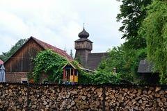 Πολωνία, Wisla Mala, catolic ναός, ξύλινη εκκλησία, τουρισμός, padre, θρησκεία στοκ εικόνα με δικαίωμα ελεύθερης χρήσης