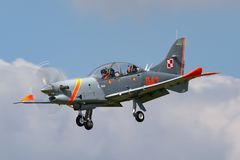 Πολωνική Πολεμική Αεροπορία PZL-Okecie pzl-130 TC-1 turboprop Orlik, ενιαία μηχανή, δύο αεροσκάφη εκπαιδευτών καθισμάτων Στοκ φωτογραφίες με δικαίωμα ελεύθερης χρήσης