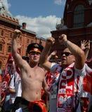 Πολωνικοί οπαδοί ποδοσφαίρου στην πλατεία Manezhnaya κατά τη διάρκεια του Παγκόσμιου Κυπέλλου Παγκόσμιο Κύπελλο της FIFA, Mundial Στοκ εικόνα με δικαίωμα ελεύθερης χρήσης