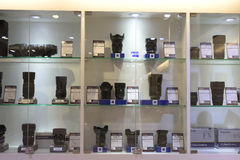 Πολύς φακός καμερών για τις πωλήσεις στο κατάστημα στοκ φωτογραφία με δικαίωμα ελεύθερης χρήσης