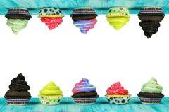 Πολύχρωμα, νόστιμα muffins Στοκ φωτογραφία με δικαίωμα ελεύθερης χρήσης