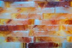 Πολύχρωμος αλατισμένος τουβλότοιχος Τοίχος Colorfull στοκ φωτογραφία