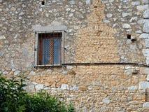 Πολύ παλαιός τοίχος σπιτιών βράχου, Γαλαξείδι, Ελλάδα Στοκ Φωτογραφίες
