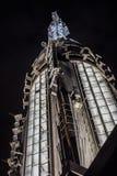 Πολύ τοπ μερίδα του Εmpire State Building τη νύχτα από Στοκ φωτογραφία με δικαίωμα ελεύθερης χρήσης