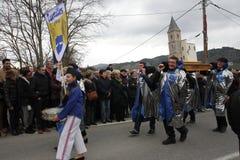 Πομπή ανθρώπων κατά τη διάρκεια του φεστιβάλ στο Aude Στοκ φωτογραφίες με δικαίωμα ελεύθερης χρήσης