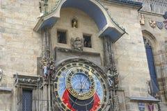 Πομπή των αποστόλων στο αστρονομικό ρολόι στην παλαιά πόλη Πράγα, Δημοκρατία της Τσεχίας στοκ φωτογραφίες με δικαίωμα ελεύθερης χρήσης