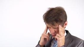 Πονοκέφαλος, αγχωτική υπερφόρτωση εργασίας για τον επιχειρηματία απόθεμα βίντεο
