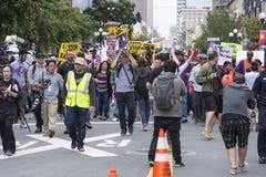 Πορεία ενάντια στο Ντόναλντ Τραμπ στο Σαν Ντιέγκο Στοκ εικόνα με δικαίωμα ελεύθερης χρήσης