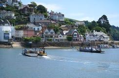 Πορθμεία αυτοκινήτων πέρα από το βέλος ποταμών, Dartmouth, Devon στοκ φωτογραφίες