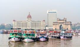 Πορθμεία κοντά στην πύλη της Ινδίας σε Mumbai, Ινδία στοκ φωτογραφίες με δικαίωμα ελεύθερης χρήσης