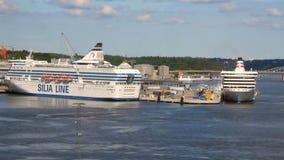 Πορθμεία στο θαλάσσιο λιμένα Στοκχόλμη, Σουηδία απόθεμα βίντεο