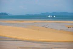 Πορθμείο που πλέει με Andaman Seag Στοκ εικόνα με δικαίωμα ελεύθερης χρήσης