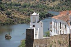Πορτογαλία, Mertola, απόψεις του ποταμού Guadiana Στοκ Φωτογραφία