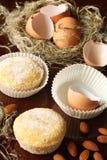 Πορτογαλικά κέικ αμυγδάλων ζάχαρης στοκ φωτογραφία