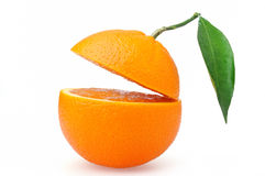 πορτοκάλια που τεμαχίζ&omicron στοκ φωτογραφία με δικαίωμα ελεύθερης χρήσης