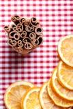 πορτοκάλι κανέλας Στοκ φωτογραφία με δικαίωμα ελεύθερης χρήσης
