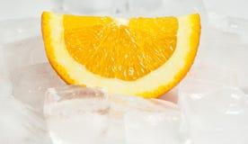 Πορτοκάλι πέρα από τον πάγο Στοκ εικόνα με δικαίωμα ελεύθερης χρήσης