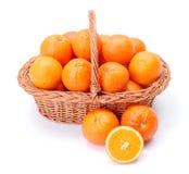 Πορτοκάλια στο καλάθι Στοκ φωτογραφία με δικαίωμα ελεύθερης χρήσης