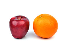 Πορτοκάλι και μήλο Στοκ Εικόνες