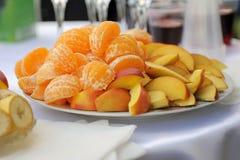 Πορτοκάλι και Apple Στοκ Εικόνες