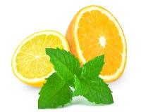 Πορτοκάλι με το λεμόνι και τη μέντα Στοκ Εικόνες