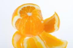 πορτοκάλι που ξεφλουδί Στοκ εικόνες με δικαίωμα ελεύθερης χρήσης