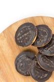 Πορτοκάλι σοκολάτας μπισκότων κέικ Jaffa που απομονώνεται πέρα από το λευκό Στοκ εικόνες με δικαίωμα ελεύθερης χρήσης