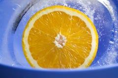 Πορτοκάλι στον πάγο p1 Στοκ Εικόνες