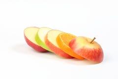 Πορτοκάλι της Apple που τεμαχίζεται που βάζουν σε στρώσεις Στοκ φωτογραφίες με δικαίωμα ελεύθερης χρήσης