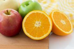Πορτοκάλι, Apple και κινεζικό αχλάδι Στοκ εικόνες με δικαίωμα ελεύθερης χρήσης