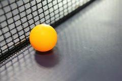 πορτοκαλιά επιτραπέζια αντισφαίριση σφαιρών Στοκ Εικόνες