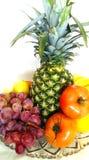 Πορτοκαλιές ντομάτες μπανανών λεμονιών ανανά σταφυλιών φρούτων Στοκ Εικόνες