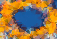 Πορτοκαλής ήλιος στο χαμηλό λουλούδι υποβάθρου σχεδίων τριγώνων πολυγώνων μπλε ουρανού, στοκ εικόνες με δικαίωμα ελεύθερης χρήσης