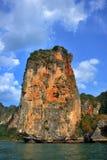 Πορτοκαλής απότομος βράχος στην Ταϊλάνδη Στοκ Φωτογραφίες