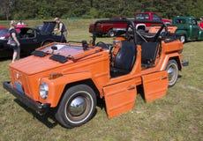 1974 πορτοκαλί αυτοκίνητο πράγματος του Volkswagen Στοκ Εικόνες