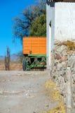 Πορτοκαλί και πράσινο βαγόνι εμπορευμάτων Στοκ Φωτογραφία