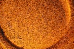 Πορτοκαλί υπόβαθρο, σκουριασμένη σύσταση σιδήρου Στοκ Φωτογραφία