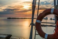 Πορτοκαλιά διάσωση lifebuoy Στοκ εικόνα με δικαίωμα ελεύθερης χρήσης