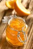 Πορτοκαλιά μαρμελάδα στο βάζο Στοκ Φωτογραφία